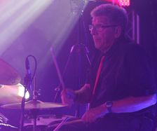 Bob Black , ex Flying Lizard on drums